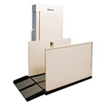 Highlander Residential VPL 600 lbs Capacity - Harmar's Residential Vertical Platform Lift (RPL) is a